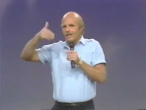 Dr Wayne Dyer: How To Be A No-Limit Person (2 of 6)