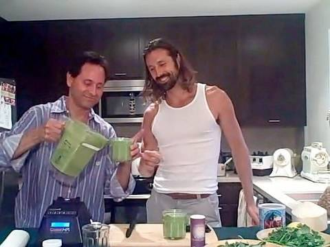 liferegenerator Dan: SUPER GREEN SMOOTHIE RECIPE!  LOU CORONA - Raw Living Food Recipe