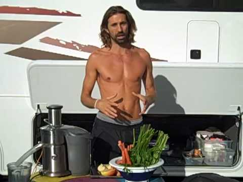 liferegenerator Dan: RAW FOOD DIET JUICER RECIPES - Apple Carrot Parsley Lemon Ginger!