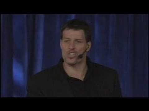 Tony Robbins: What Is An Extraordinary Life?
