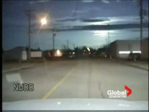 Police Dash Cam Of Meteor Over Edmonton
