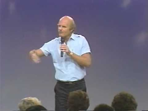 Dr Wayne Dyer: How To Be A No-Limit Person (5 of 6)