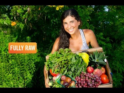Kristina Carrillo-Bucaram: How To Afford Eating FullyRaw